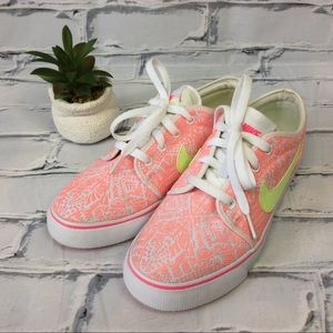 Nike Toki Printed Canvas Casual Shoes, Size 6.5Y